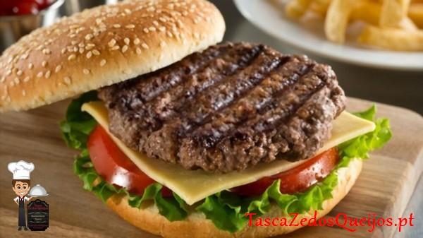 Hambúrguer no Pão